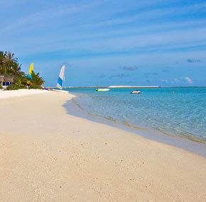 Viešbutis Holiday Island Resort & SPA ****