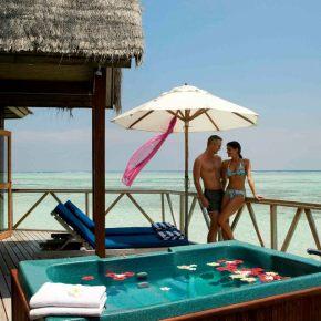 Viešbutis Meeru Island Resort & SPA ****+ (Maldyvai)